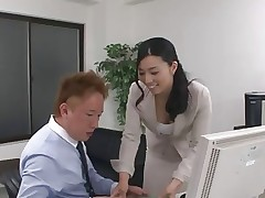43yr old MILF Tuyako Yoshino gets Creampied..