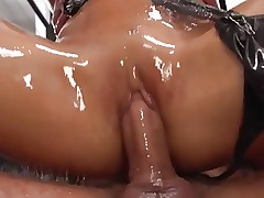 Asian girl super oiled anal
