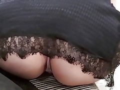 Just another day at the mall..upskirt hidden cam
